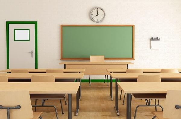 Meble szkolne – jak bezpiecznie i wygodnie wyposażyć sale w szkole?