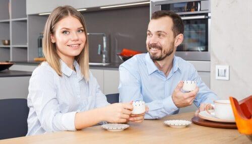 Jak urządzić komfortową przestrzeń socjalną w biurze?