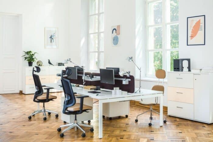 Biurka podwójne i poczwórne